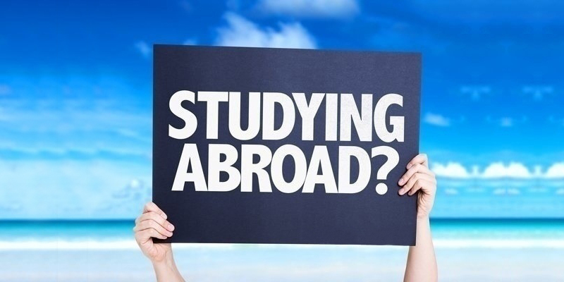 How to compare varsities and grab admission in the best one - Alpha Mary the best study abroad consultant in Kozhikode reveals !
